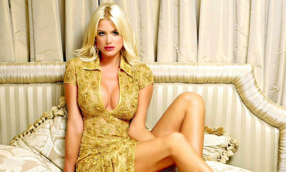 Playmate of the Year Victoria Silvstedt